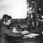 Un poste de télégraphie à New York en 1914