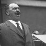 Le chanteur Noté en 1915