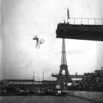 Ile des Cygnes, saut de la mort par Peyrusson , 1912