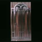 Travaux des frères Nics : porte d'ascenseur, 1921