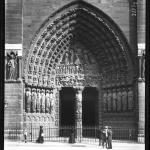 Notre-Dame, la porte du milieu, 1913